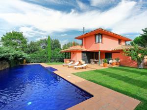 Villa Navata