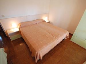 Locazione turistica Villa del Silenzio.1, Dovolenkové domy  Lignano Sabbiadoro - big - 9