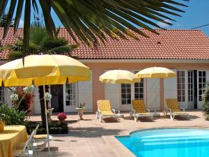 Holiday home R Gd Communal Ludon Medoc
