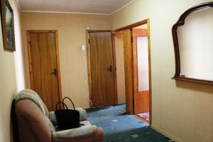 Apartment on Chernyakhosvkogo 32
