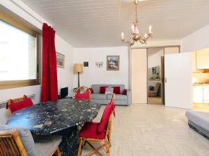 Apartment Lou Miradou