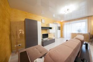 Apartment on Diktaturi Proletariata, Ferienwohnungen  Krasnoyarsk - big - 1