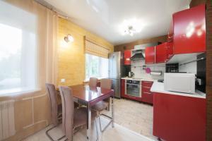 Apartment on Diktaturi Proletariata, Ferienwohnungen  Krasnoyarsk - big - 10