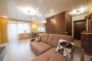 Apartment on Diktaturi Proletariata, Ferienwohnungen  Krasnoyarsk - big - 14