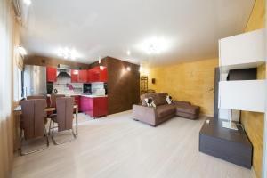Apartment on Diktaturi Proletariata, Ferienwohnungen  Krasnoyarsk - big - 15