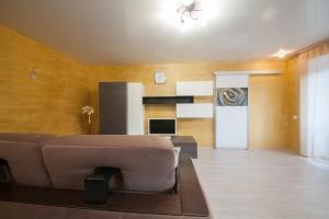 Apartment on Diktaturi Proletariata, Ferienwohnungen  Krasnoyarsk - big - 19