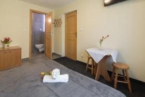 Pensjonat Teresa, Guest houses  Zakopane - big - 33
