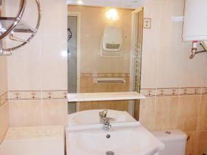 Apartment Les Sables d'Or.10, Ferienwohnungen  Le Grau-du-Roi - big - 6