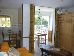 Apartment Les Sables d'Or.10, Ferienwohnungen  Le Grau-du-Roi - big - 3