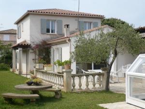 Holiday Home l'Oursinade, Dovolenkové domy  Sainte-Maxime - big - 9