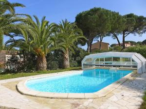 Holiday Home l'Oursinade, Dovolenkové domy  Sainte-Maxime - big - 3