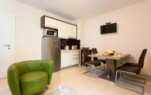 Apartments Domani