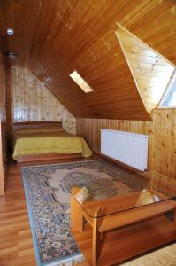 Pensiunea Lory, Guest houses  Piatra Neamţ - big - 9