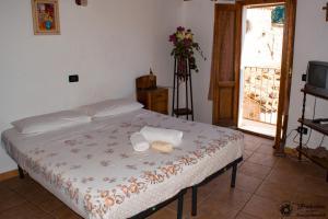 A Taverna Intru U Vicu, Bed & Breakfasts  Belmonte Calabro - big - 30