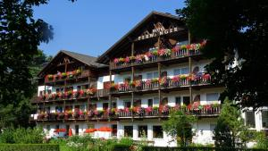 Hotel and Appartements Perwanger
