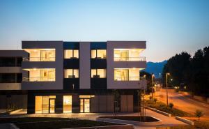 Apartments Srebreno