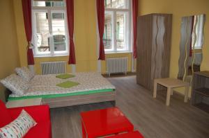 Colors Apartments Budapest, Апартаменты  Будапешт - big - 35