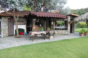 Garden House, Appartamenti  Vourvourou - big - 31