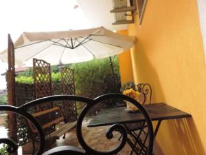 Bed & Breakfast ospiti a corte, Bed and Breakfasts  Giffoni Valle Piana - big - 27