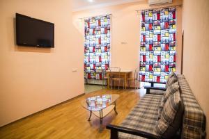 Three room apartment near Arena City