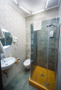 Beehive Hotel, Hotels  Odessa - big - 30