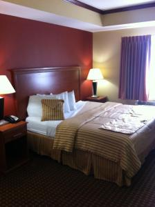 Econo Lodge Inn and Suites Little Rock