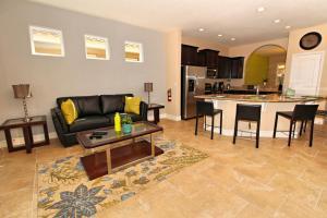 Acorn 4412 Villa, Vily  Davenport - big - 2