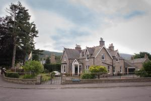 Morven Lodge