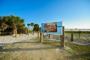 Village House Siesta Key by Beachside Management, Penzióny  Siesta Key - big - 34