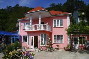 Guest house on Vesennyaya 51