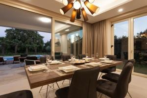 Villa Gregi, Vily  Tinjan - big - 23