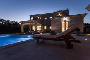 Villa Gregi, Vily  Tinjan - big - 17