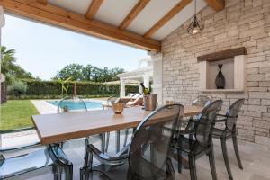 Villa Gregi, Vily  Tinjan - big - 3