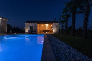 Villa Gregi, Vily  Tinjan - big - 21