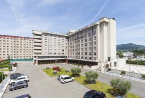 尼尔酒店 (Nilhotel)