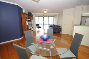 Parramatta Self-Contained Two -Bedroom Apartment (105SORR)