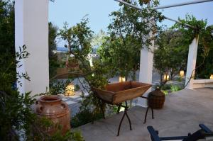 Ktima Natura, Holiday homes  Archangelos - big - 6