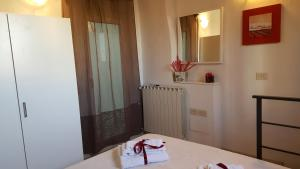 Cavour in Florence, Apartments  Florence - big - 16