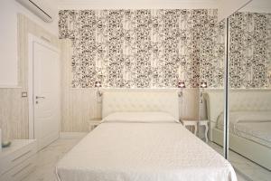 La Dimora Del Marchese, Bed & Breakfasts  Catania - big - 24