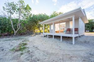 Frederick and Ngamata's Beach House