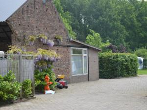 Holiday Home Zomerhuis In De Betuwe