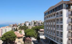 Кушадасы - Esat Hotel
