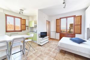 Specchio Apartment