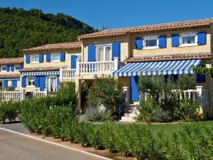 Holiday Home Le Clos Des Oliviers 1
