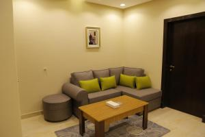 Mada Suites, Aparthotels  Riad - big - 11