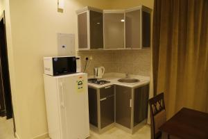 Mada Suites, Aparthotels  Riad - big - 17