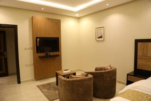Mada Suites, Aparthotels  Riad - big - 6