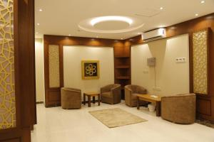Mada Suites, Aparthotels  Riad - big - 25