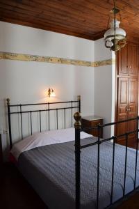 Vera's Traditional House, Апартаменты  Загора - big - 79