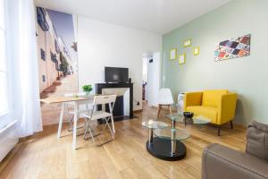 Eiffel Tower Brand New Cosy Flat